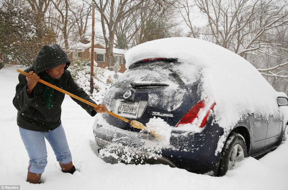 Brzo ciscenje i odrzavanje automobila zimi